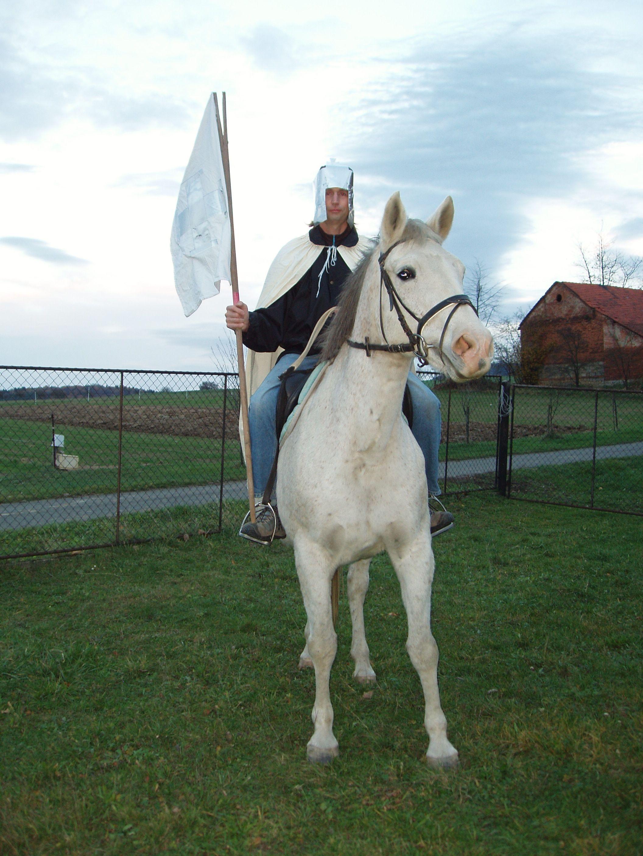 Lhotský Martin na bílém koni